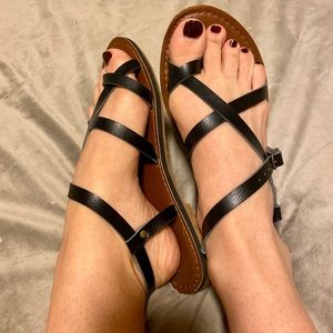 MOSSIMO [Target] | black strappy sandals